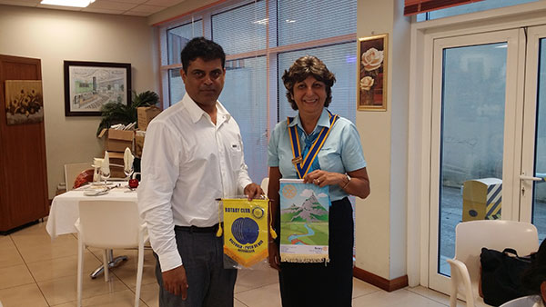 visiting-rotarian-from-St-Pierre-Mauritius-Mr-V-Raghooban